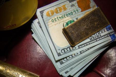 GW_wn_Money00